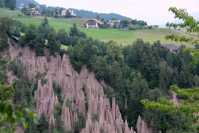 Earth pyramids at Lengmoos, Dolomites